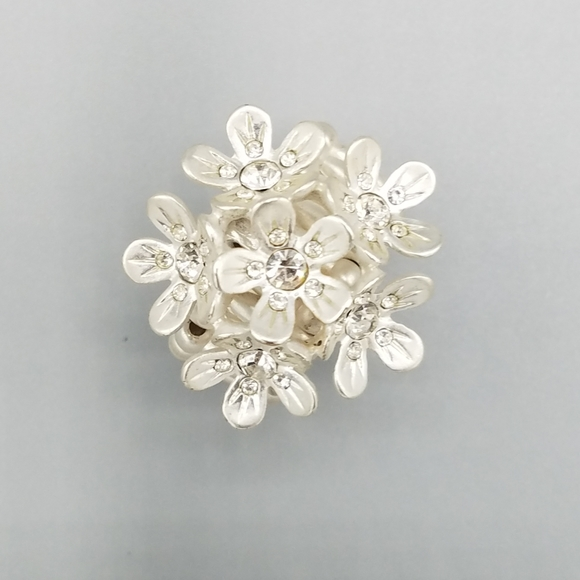 Flower and Rhinestone Adjustable Cocktail Ring